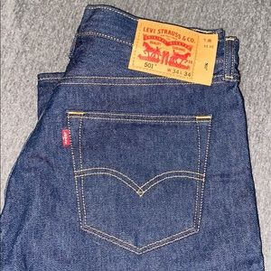 Dark Denim Levi's 501 - 34x34